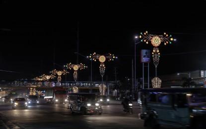 Christmas Lights In Pampanga.San Fernando Lanterns Light Up Pampanga S Major Roads Ptv News